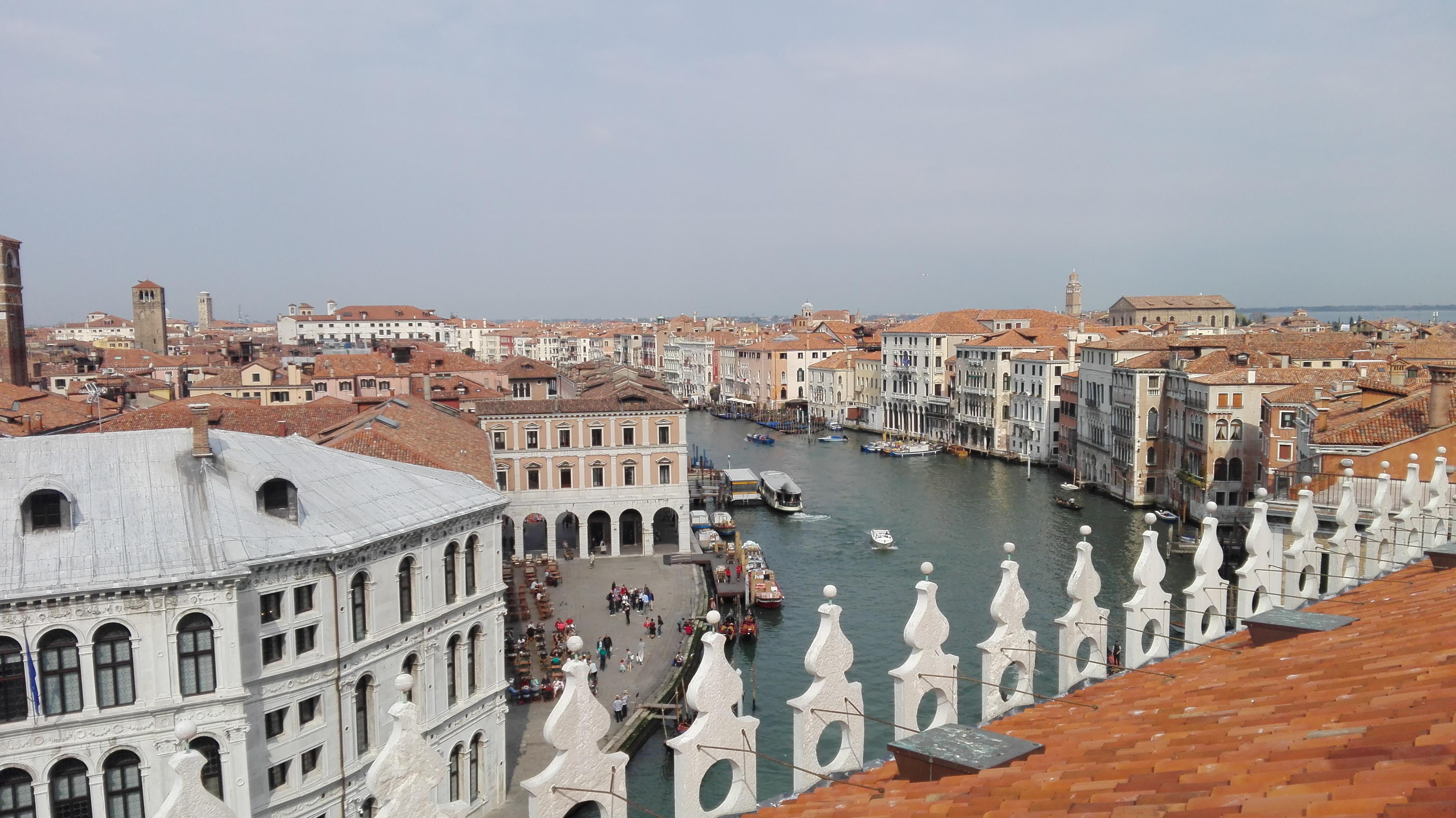 Superbe vue de Venise depuis il Fondaco dei tedeschi